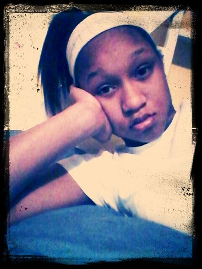 bored looking ugly lol my ugliest picture but idc