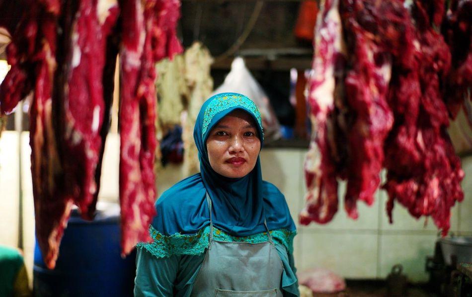 butcher. Streetphotography Leicacamera 50mm Woman Butcher Bestoftheday EyeEm Best Shots