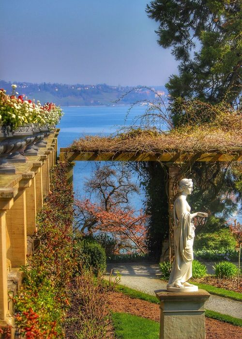 Insel Mainau Bodensee Statue Sky Day Beauty In Nature Outdoors Nature No People Lake