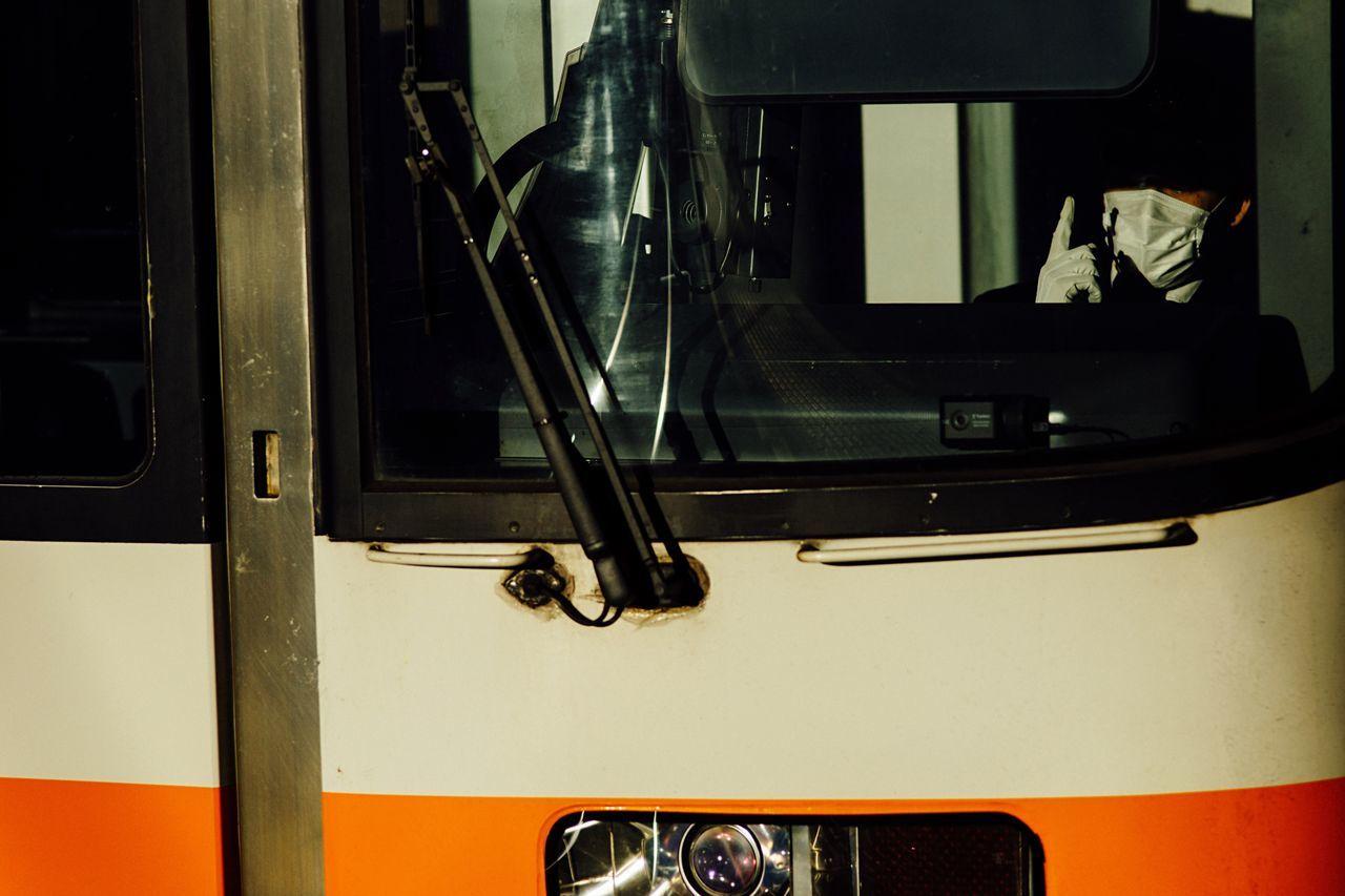 Train Afternoon Sunlight Train Tracks Crew Metal Station Transportation Commuter Train Atomosphere Go Ahead Travel Railroad Holiday January January 2017 The City Light Steel Reflection Sunlight Reflection Train Station Light And Shadow