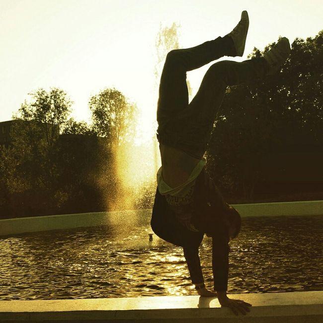 Cool Enjoying Life Style Peaceful View London Different Theamazinghumanbody Humanbodyart Loveit♥ Body & Fitness