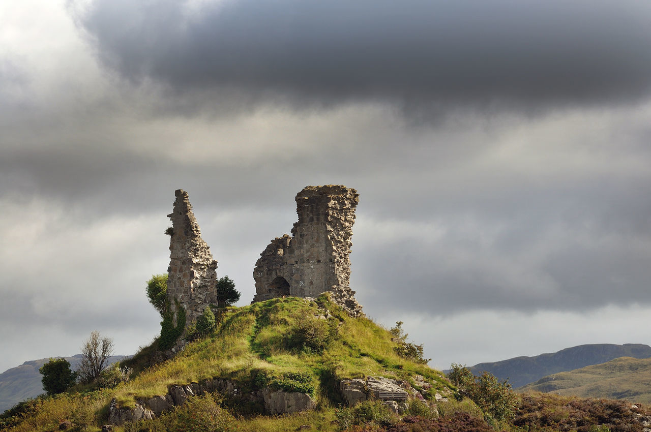 mountain, history, cloud - sky, sky, architecture, tranquility, nature, day, outdoors, no people, built structure, beauty in nature, ancient, old ruin, travel destinations, scenics, ancient civilization