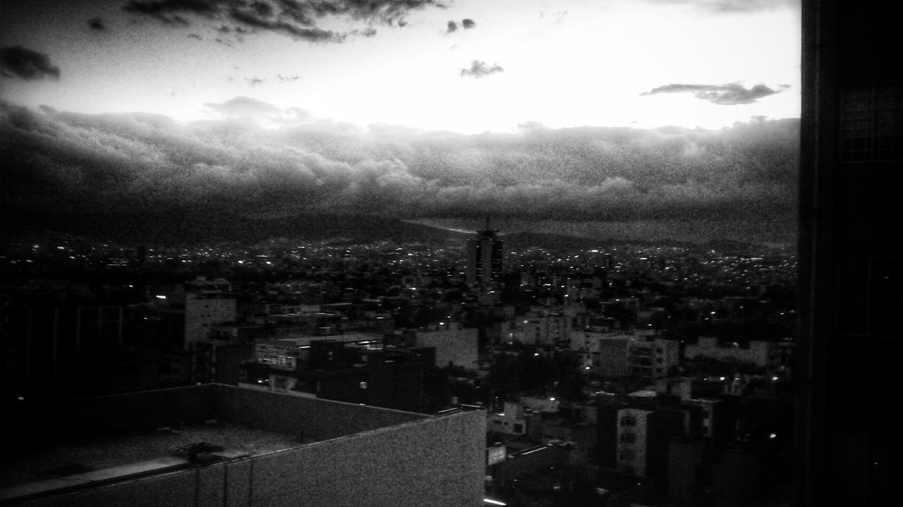 Horizonte Taking Photos Mexico City Black & White Cityscapes Clouds Skyporn