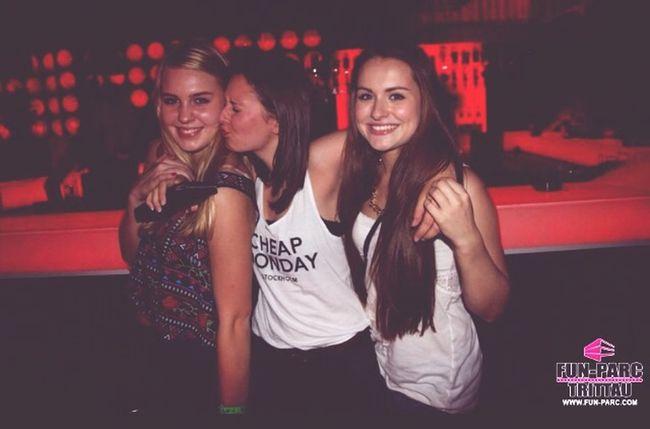 Party Girls Drunk !!! Enjoying Life ❤️❤️❤️