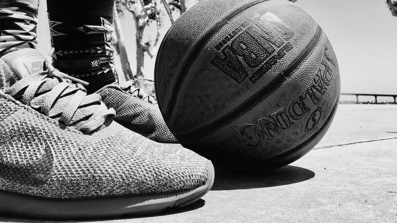 Ball by the water is🔑 Ballislife San Diego Ca Embarcadero Streetball Eyeemphoto TwoIsBetterThanOne Eyeemphoto