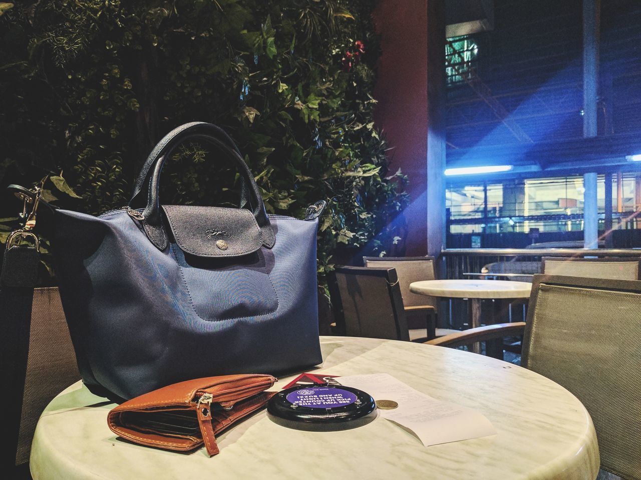 Chilling LongchampNeo NavyBlue Lifestyles Outdoors Coffee Break