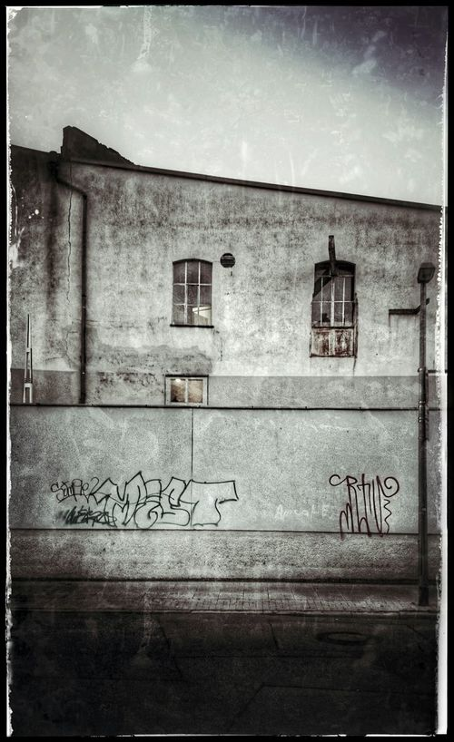 Hannover Streetphotography Urbanphotography Schwarz & Weiß Black & White Streetphoto_bw Architektur Herrenhausen Herrenhäuser