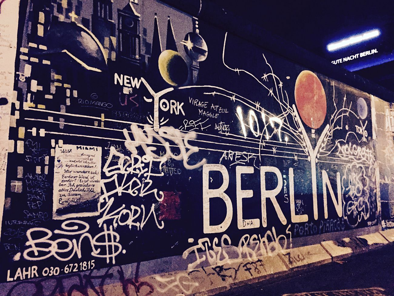 New York Loves Berlin Berlin Wall