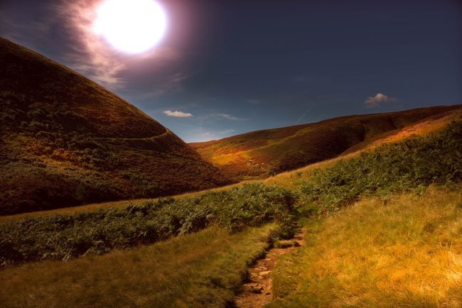 Hiking through black ashop moor. Tranquil Scene Scenics Landscape_photography Landscape Beauty In Nature Hiking Landscape_Collection Peak District  Mountain View Sunlight Outdoors Countryside Hikingadventures