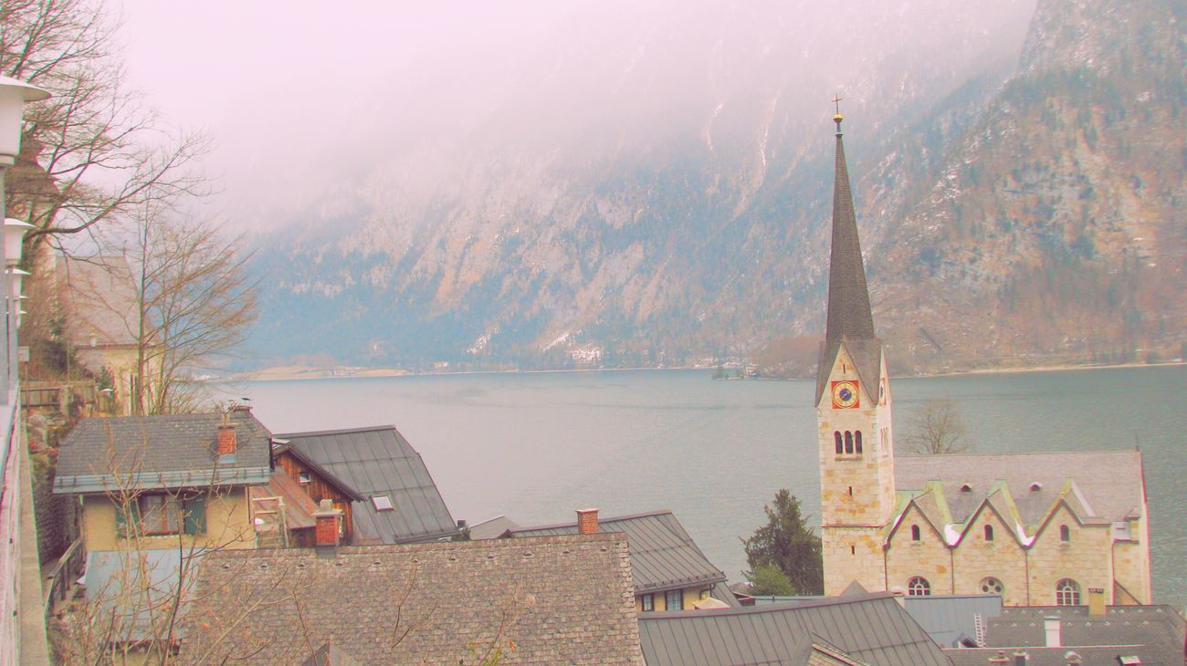 City Hi! Relaxing Hello World 4YearsAgo First Travel Hallstatt Walking Around Gorgeous