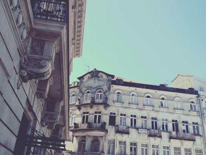 Catch the bus 🚍 EyeEm Porto Arquitecture Arquitetura Edificios Teatro Batalha Street Walking Fachadas Fachadasdoporto