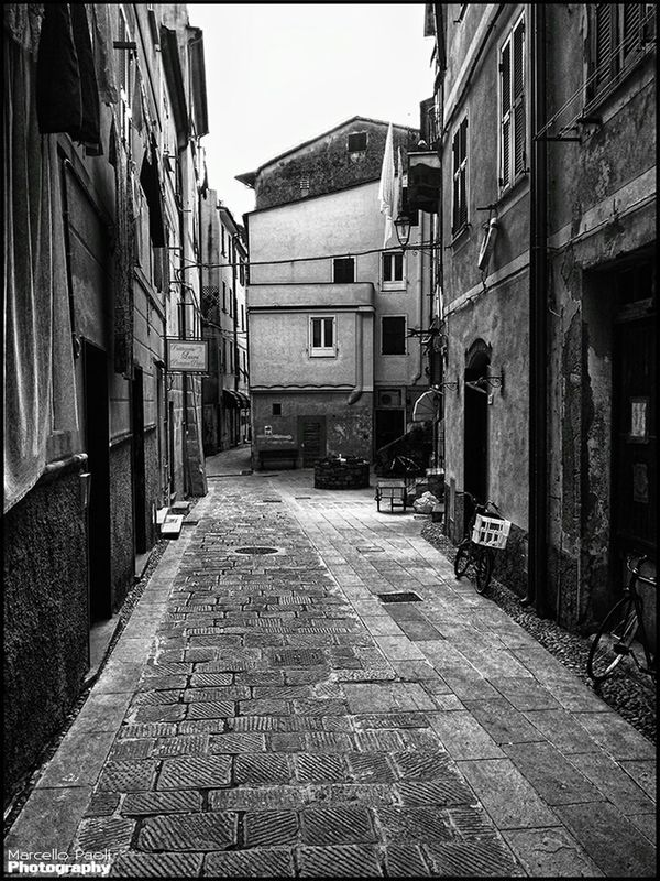 streetphoto_bw by Marcello