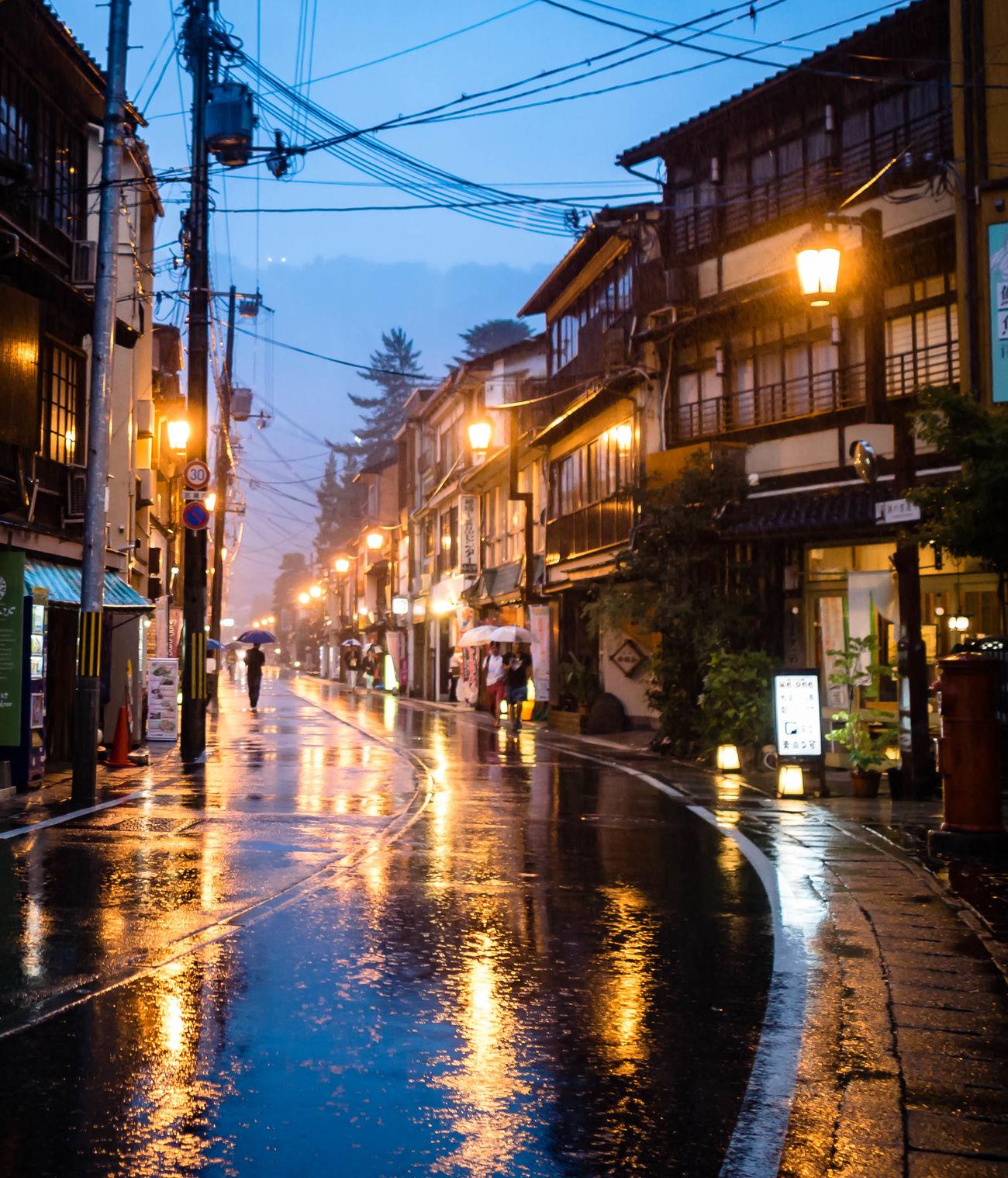 Kinosaki, a hot spring town north of Kobe, as the typhoon approached. Japan Onsen Kinosaki Night Hot Springs Typhoon 城崎温泉 温泉 Streetphotography