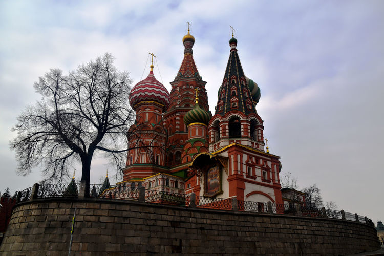 Saint Basil's Cathedral   Moscow Arquitecture Building Exterior Cloud - Sky Colorful Day Iconic Buildings Moscow Moscow, Москва Ortodox Church Red Square St Basil's Cathedral Travel Destinations The Architect - 2017 EyeEm Awards