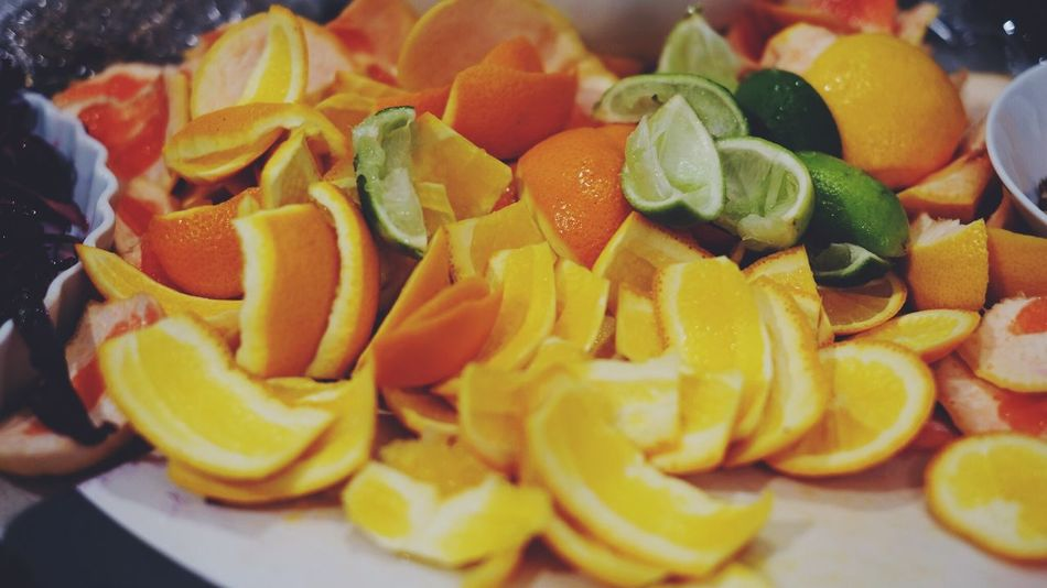 Backgrounds Citrus Fruit Close-up Copy Space Day Food Food And Drink Food Prep Freshness Fruit Fruits Healthy Eating Indoors  Juice Lime No People Oranges Ready-to-eat SLICE Sqeese Used