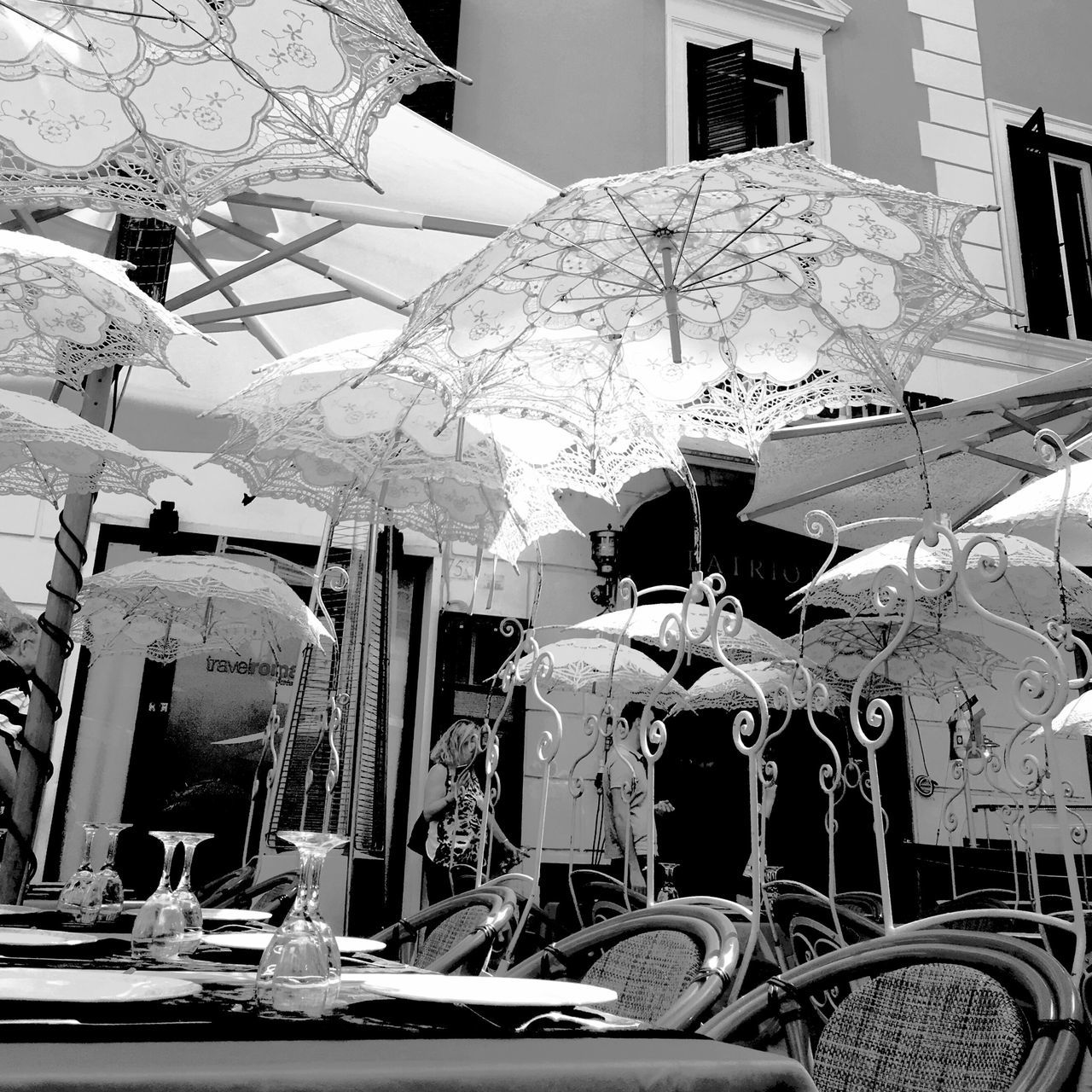 Architecture Day Neighborhood Map The Street Photographer - 2017 EyeEm Awards Rome Rome Italy Rome, Italy Lace Umbrella Outdoor Dining  Outdoor Restaurant Streetphotography Street Photography Blackandwhite Black And White Black & White Black And White Photography Black&white Streetphoto_bw