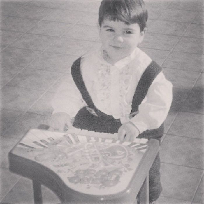The kid of inside me Earlydays Portrait Me Children Kid Young 90 's Young Musician Piano Toys Happines