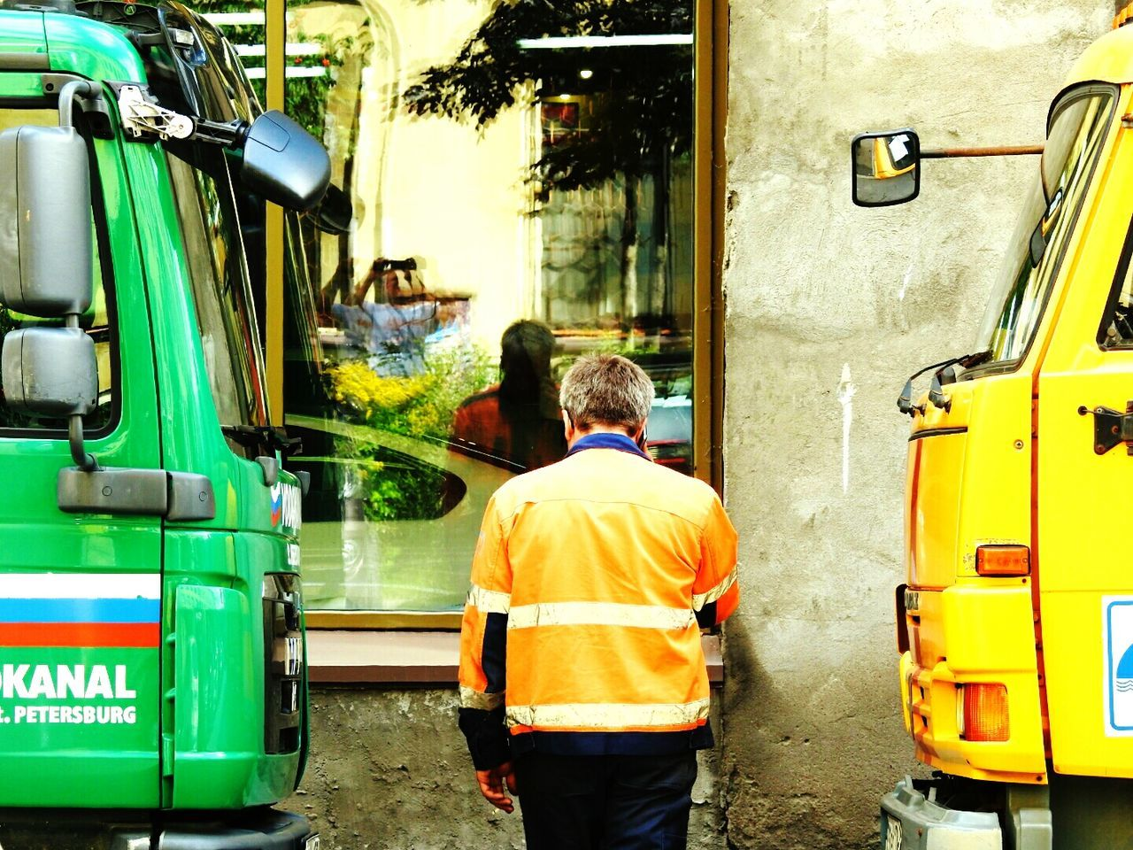 Water Treatment Worker Call Special Transport Sankt-peterburg Russian Green&yellow