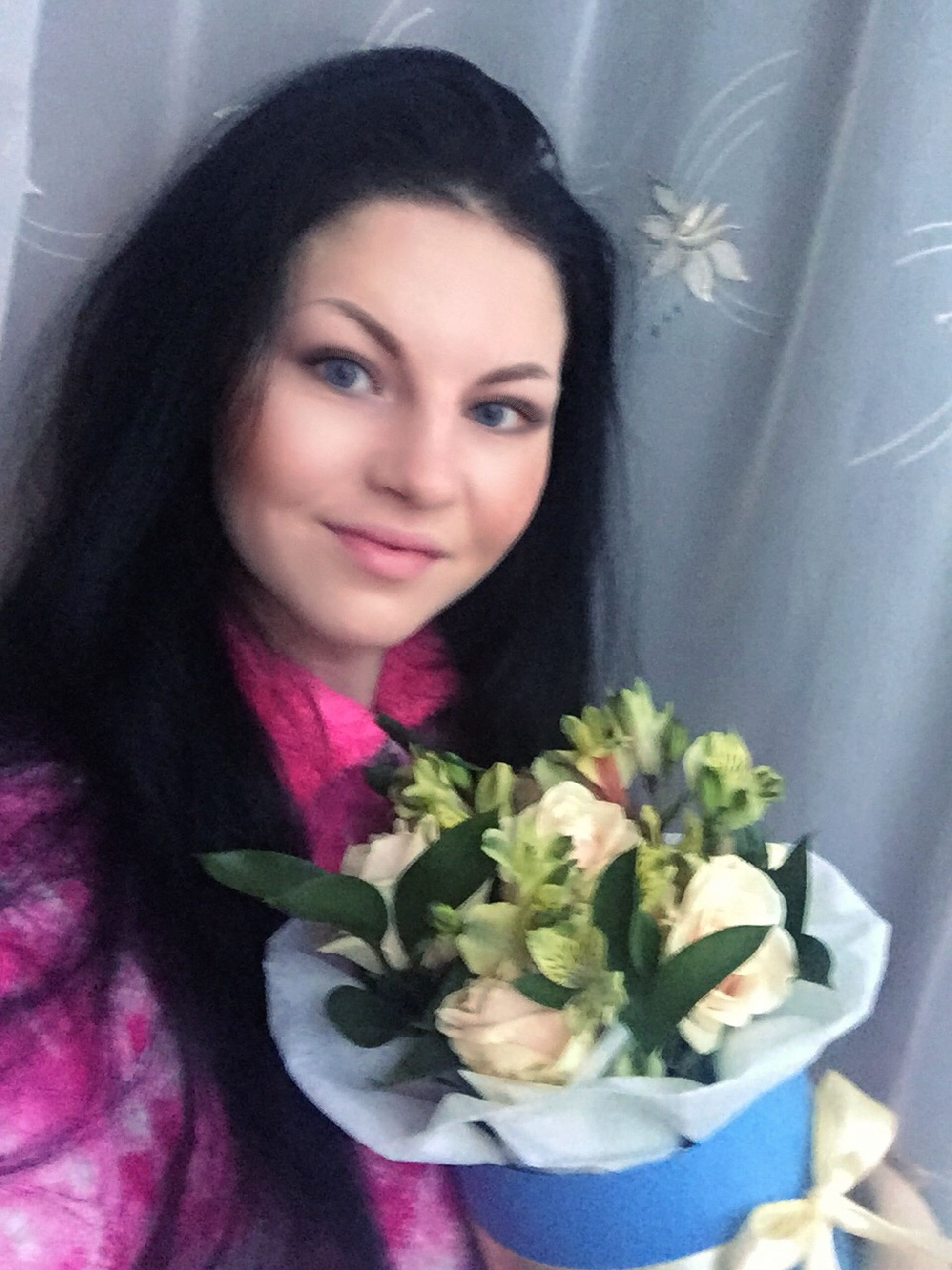 looking at camera, portrait, flower, beautiful woman, waist up, young women, one person, lifestyles, real people, young adult, smiling, headshot, close-up, indoors, freshness, only women, beauty, adults only, bride, bouquet, beauty in nature, nature, wedding dress, one young woman only, adult, people, day