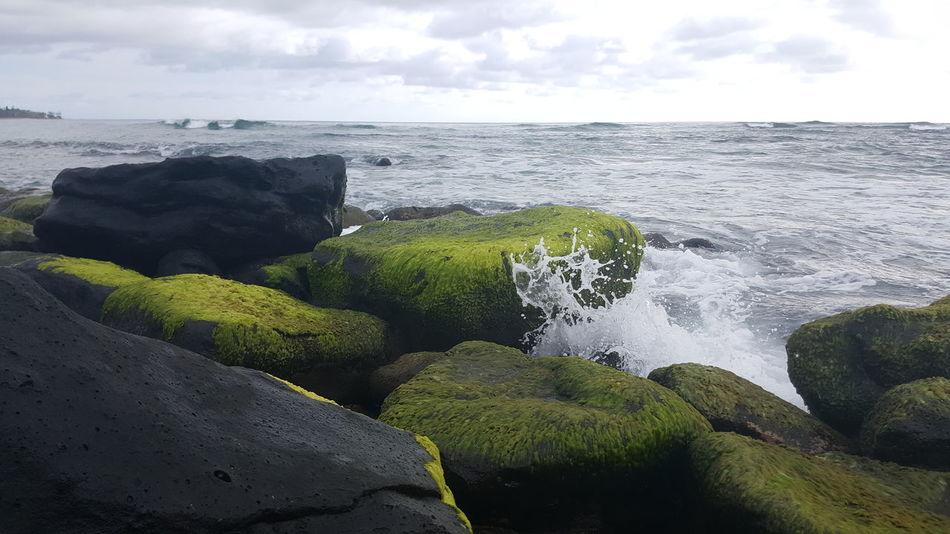 Sky Sunlight Nature Cloud - Sky Beauty In Nature Water Beach Life Kauai Life Lydgate Beach Motion Splashing Seaweed Covered Rock