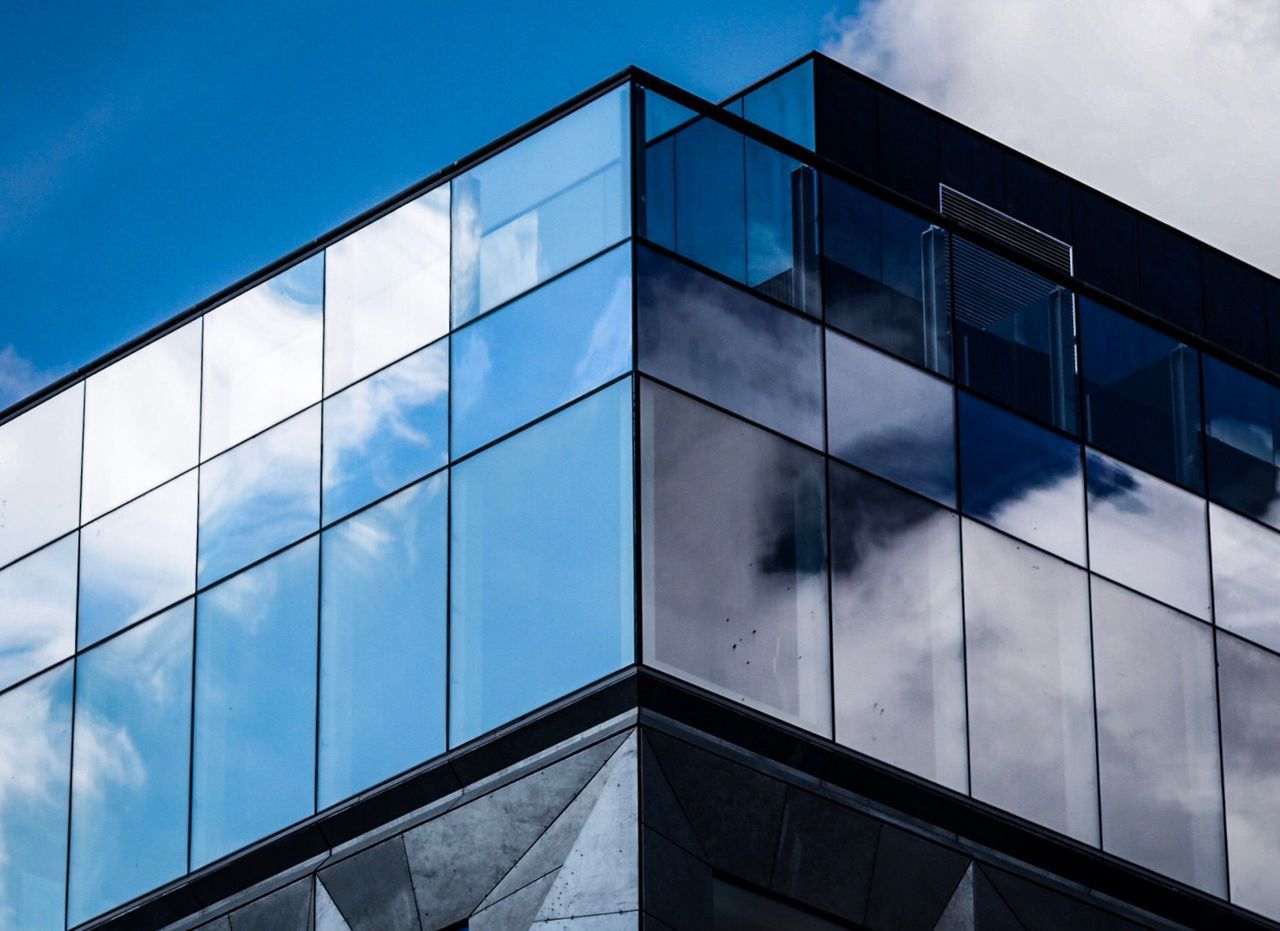 Architecture Glass - Material Modern Built Structure Building Exterior Reflection Window Glass Sky Day Low Angle View Cloud - Sky No People Façade Outdoors Blue City The Architect - 2017 EyeEm Awards Olympus Olympus OM-D E-M5 Mk.II Copenhagen Urban Geometry Architecture Cityscape Sky And Clouds