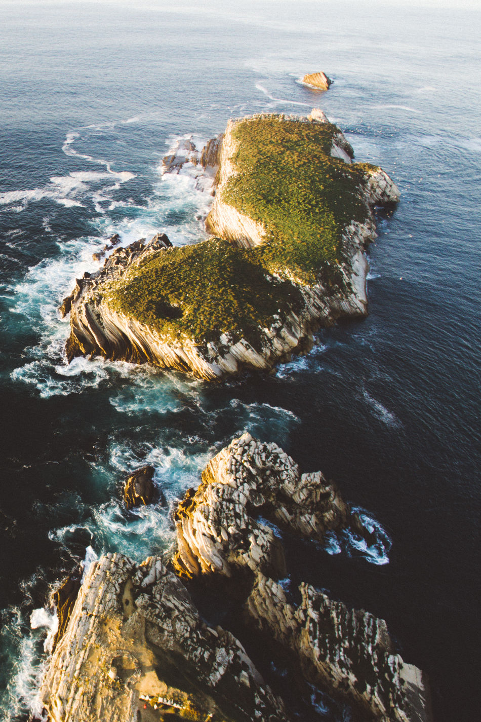 Dronephotography Droneshot Drone Moments Outdoors Scenics No People Tranquility Water Island Nature High Angle View DJI Phantom 3 Professional DJI Phantom 3 DJI Mavic Pro DJI Phantom 3 Advanced Visualsoflife Visual Stories Market Stall Market Reviewers' Top Picks Market Bestsellers 2017 Sea Beach Beauty In Nature Day Wave
