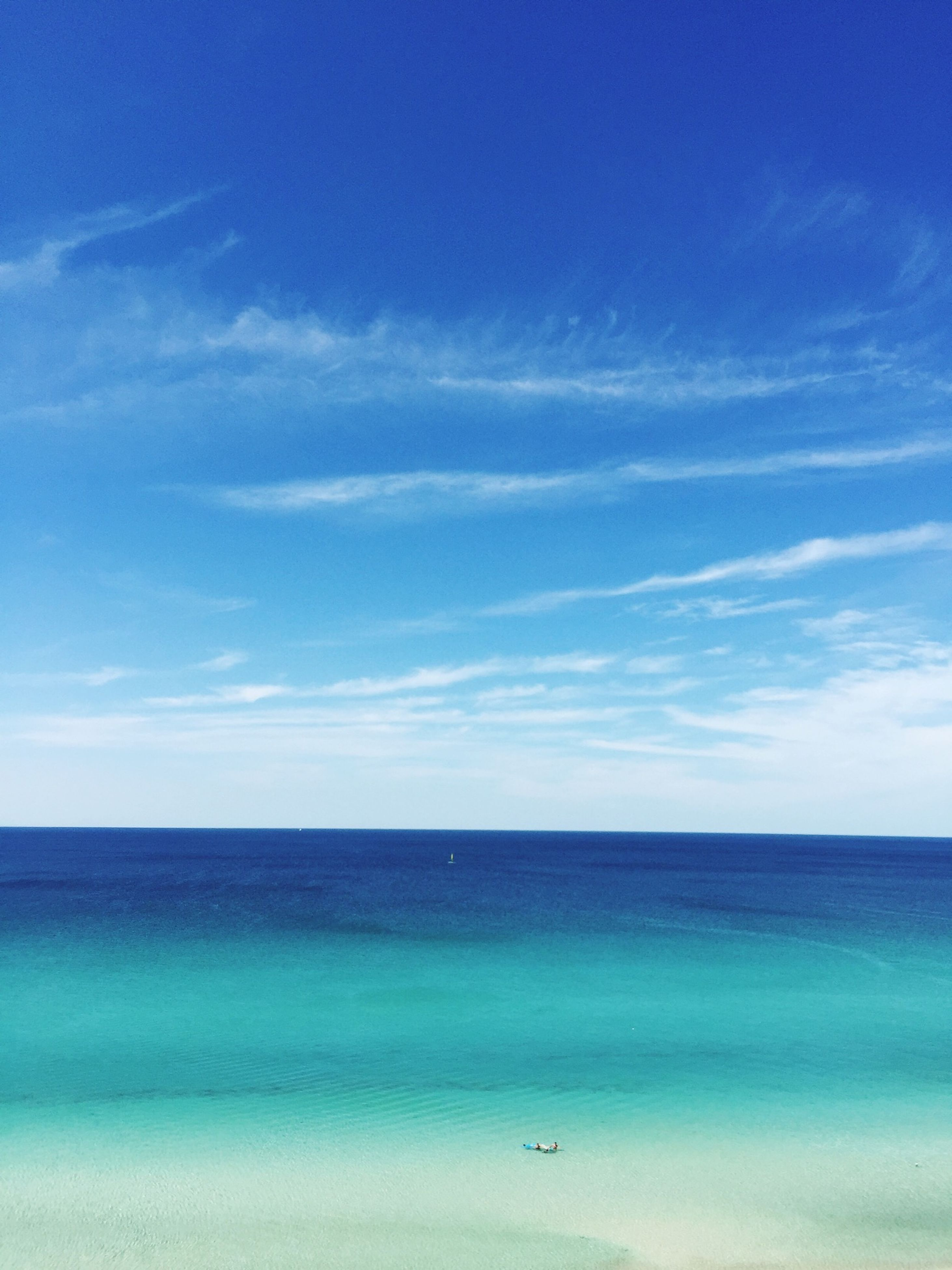 sea, blue, water, tranquil scene, horizon over water, sky, tranquility, scenics, beauty in nature, waterfront, nature, idyllic, cloud - sky, cloud, seascape, beach, outdoors, calm, day, rippled