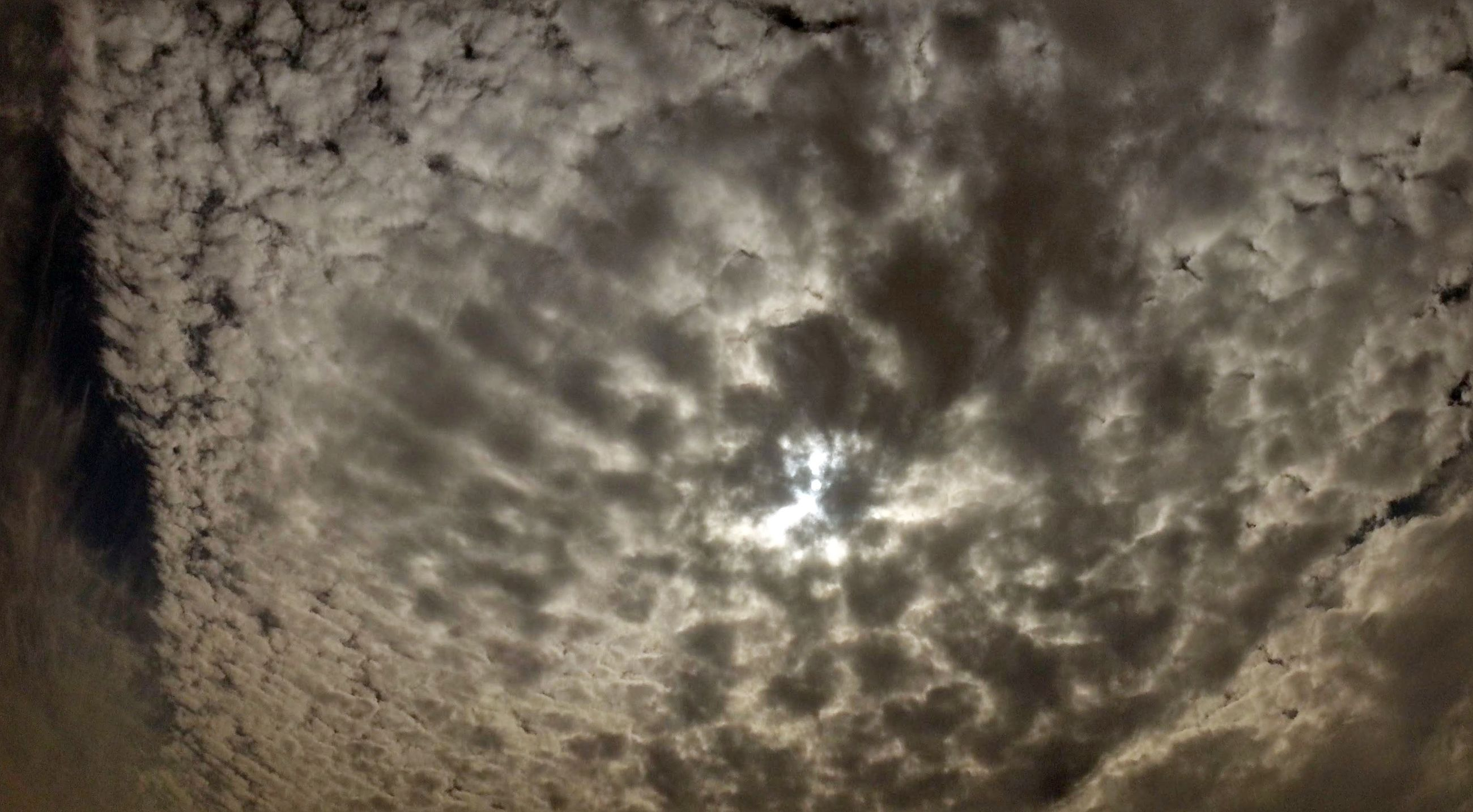 cloud - sky, cloudy, full frame, sky, backgrounds, nature, weather, beauty in nature, tranquility, low angle view, no people, scenics, outdoors, day, textured, cloud, cloudscape, pattern, overcast, sky only