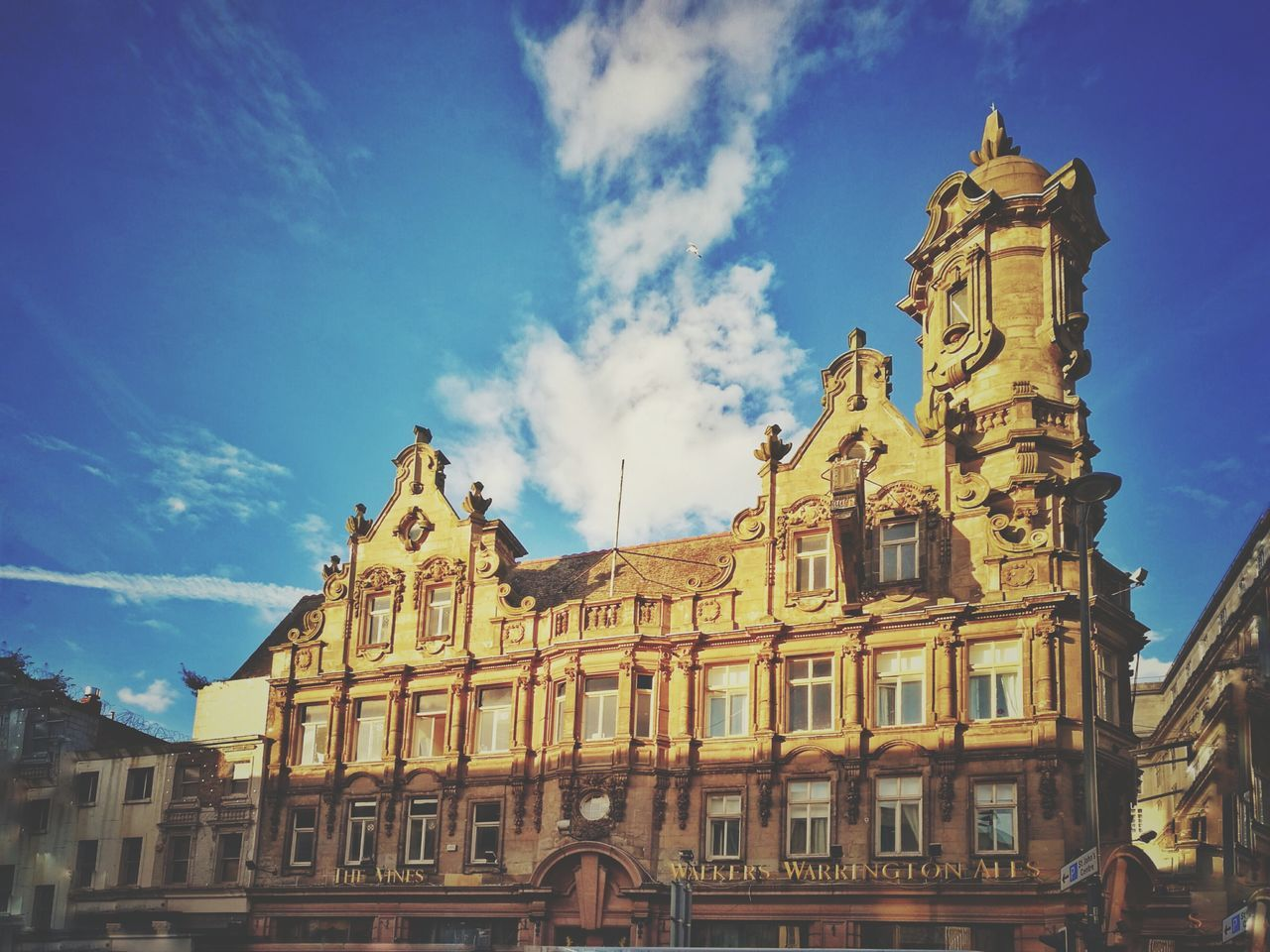 architecture, history, building exterior, built structure, sky, cloud - sky, low angle view, city, no people, outdoors, day
