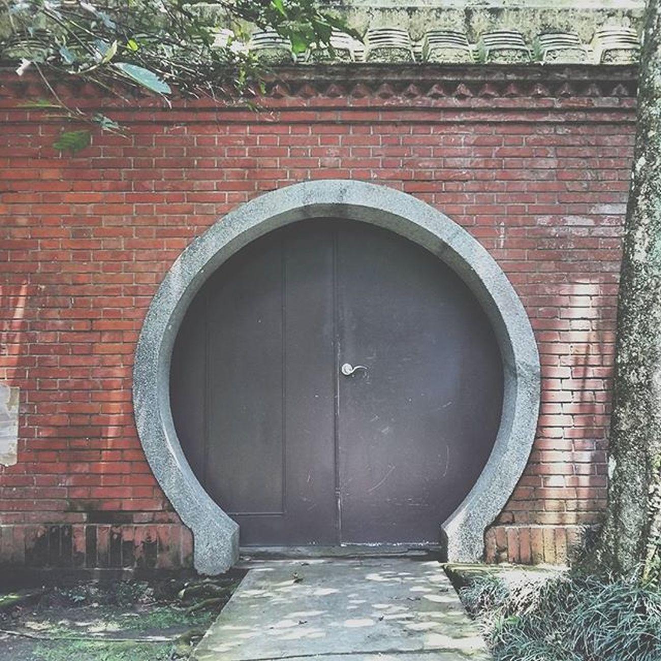 慈湖陵寢旁的側門 慈湖陵寢 大溪 門 Door 紅磚