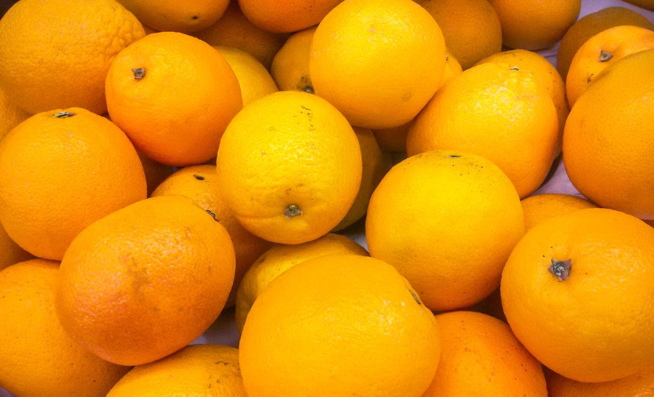 fruit, healthy eating, freshness, orange - fruit, food and drink, orange color, citrus fruit, food, abundance, large group of objects, market, backgrounds, no people, full frame, healthy lifestyle, day, close-up, outdoors