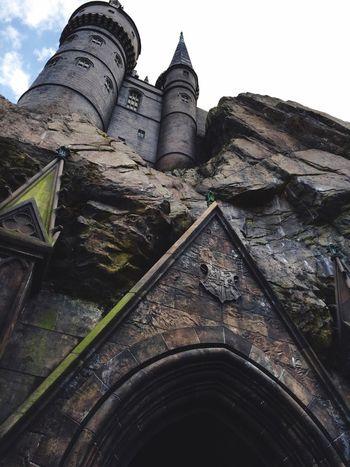 Taking Photos Harrypotter Castle Architecture Looking Up Hogwarts Castle