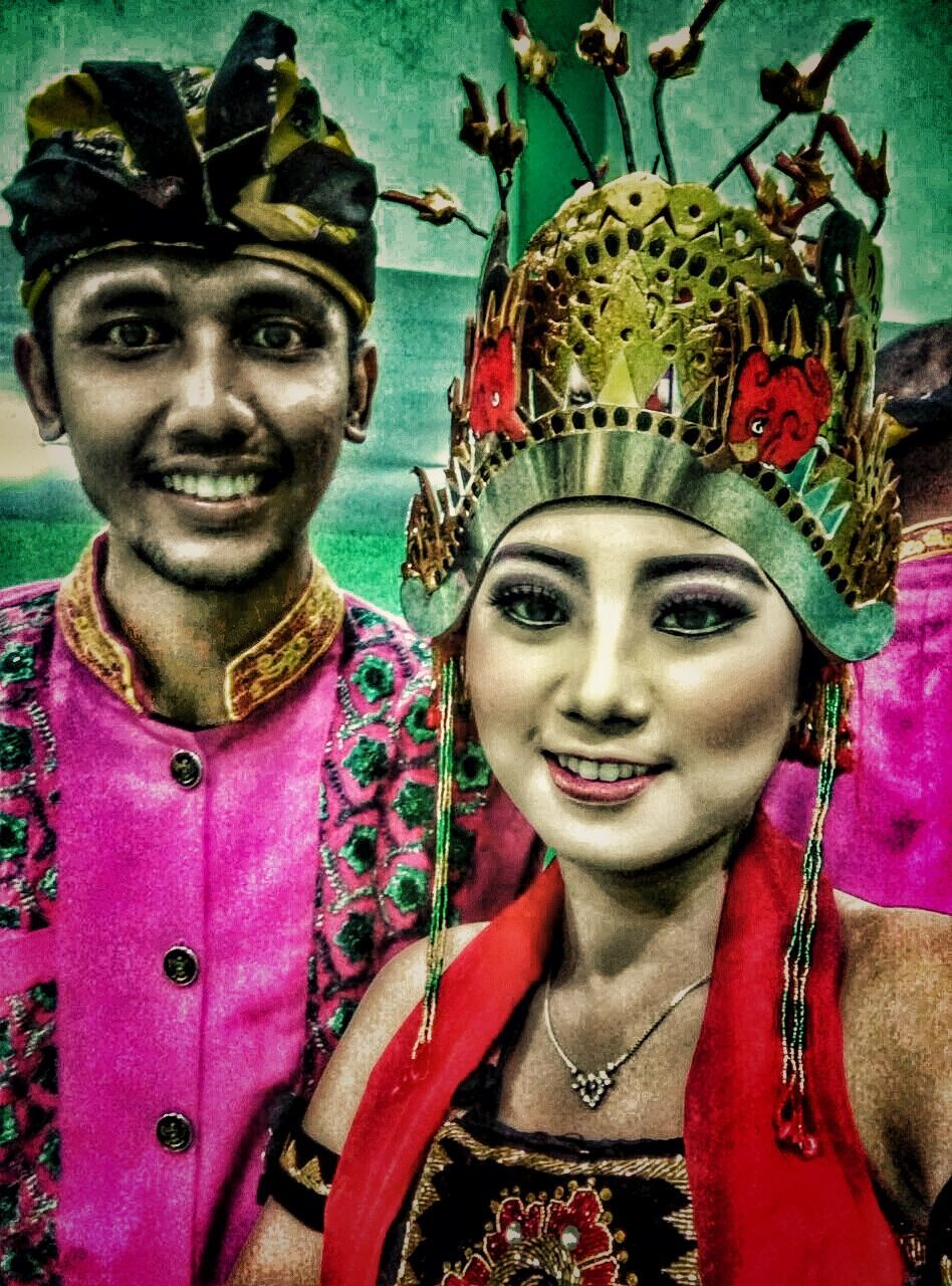 young women, young adult, crown, front view, looking at camera, portrait, two people, tiara, young men, real people, headdress, royalty, face paint, headshot, halloween, togetherness, lifestyles, day, indoors, headwear, close-up, royal person, king - royal person, adults only, adult, people