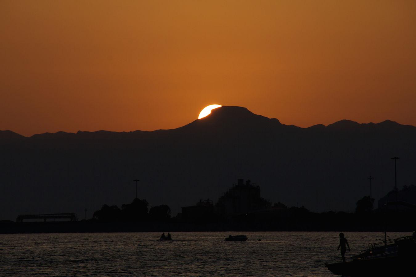 Sunset Outline Mountains Sun Light And Shadow Sea Summer Life Is A Beach ReggioCalabria Reggio Di Calabria