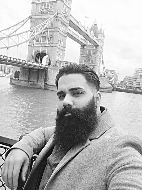 LONDON❤ London NewYear Newyear2016 Check This Out 2016 Towerbridge Beard Bearded Beardlife ThatsMe Hello World