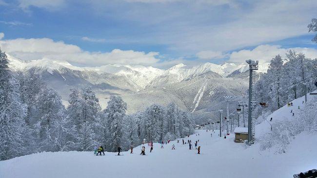 горы снег лыжи сноуборд Красная поляна