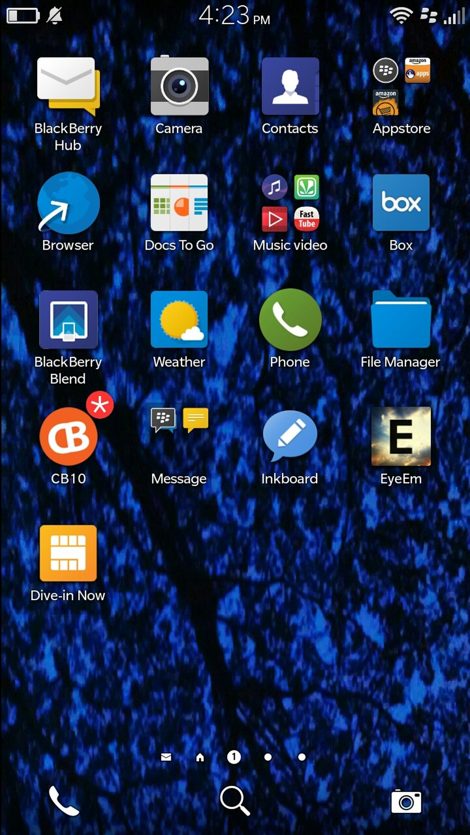 Blackberry10 Blackberry EyeEmBestPics Check This Out Comfy  Relaxing check out the wallpaper of my phone .. of bb10os