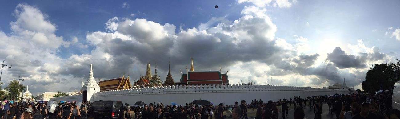 Sky Architecture Cloud - Sky Large Group Of People Building Exterior Place Of Worship King King Of Thailand Bhumibol Adulyadej Love Memories Panorama