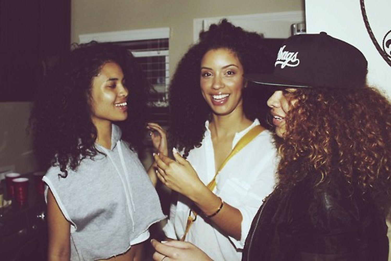 Christina Santini , Asia Dee& Crystal Westbrooks Aesthetics Gorgeous Model Models Curly Hair Street Fashion Fashion