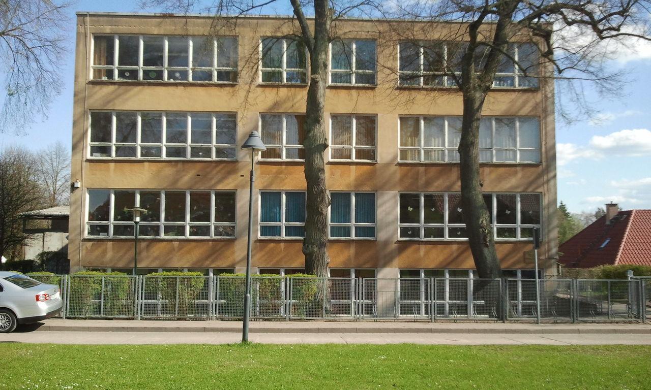 Architecture Schule School DDR Architektur Plattenbau