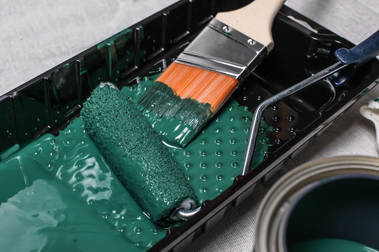 Painting tools Brush Green Color Home Improvement Improvement Indoors  Labor No People Painting Painting Tools Roller Tools Tray
