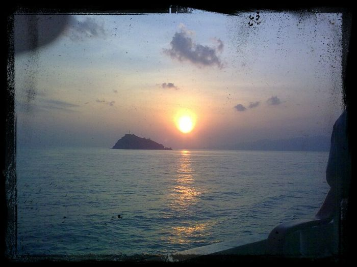 Sun Rises :)