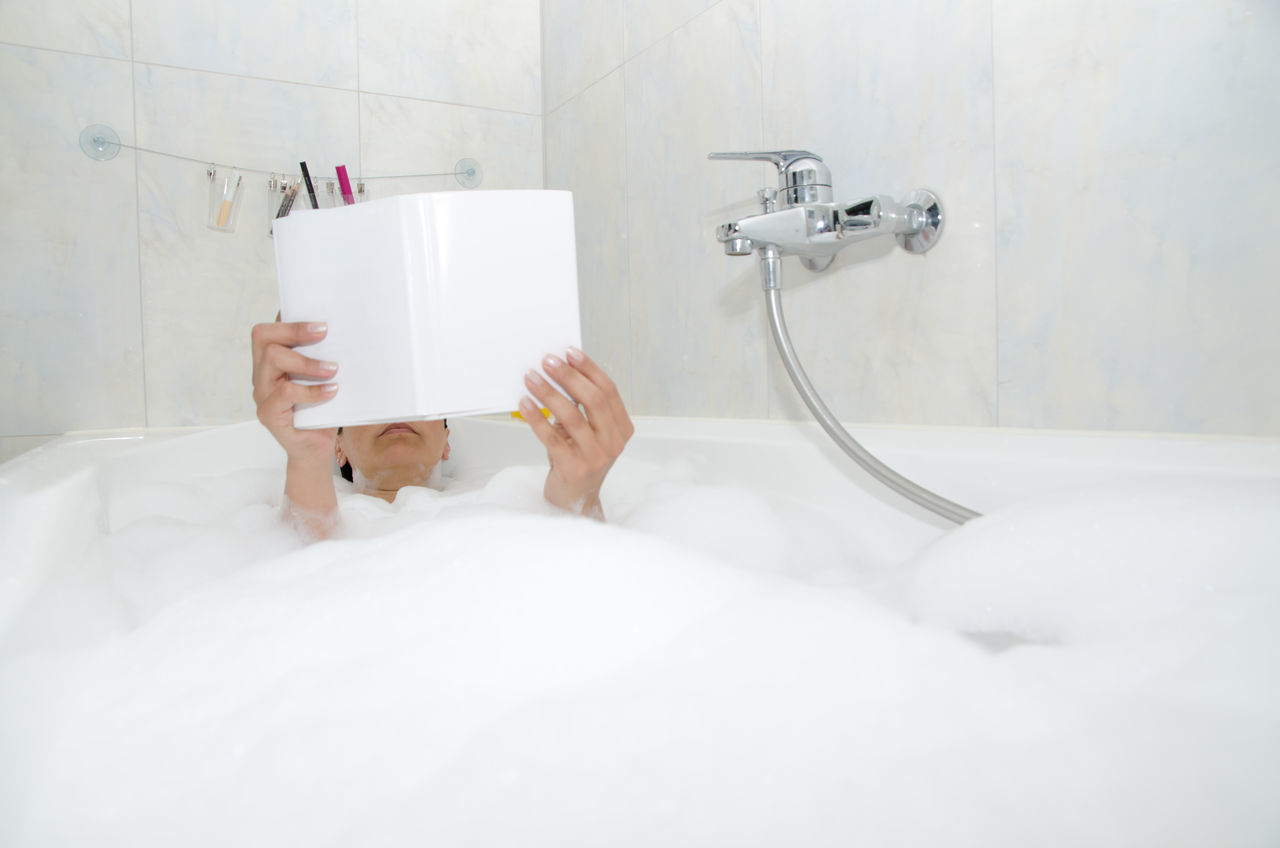 Beautiful stock photos of badezimmer,  40-44 Years,  Bathroom,  Bathtub,  Body Care