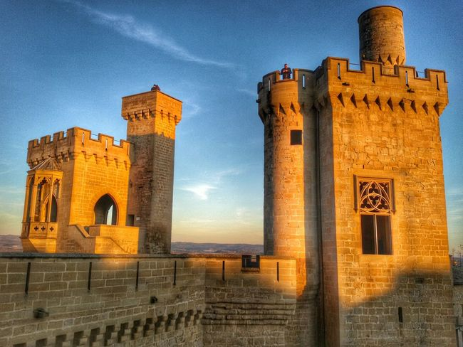 Castles Architecture_collection Navarre Sunset Silhouettes Beautiful Day Popular Photos Enjoying The Sun Capture The Moment Interior Design Traveling Sunset #sun #clouds #skylovers #sky #nature #beautifulinnature #naturalbeauty #photography #landscape Sunset_collection