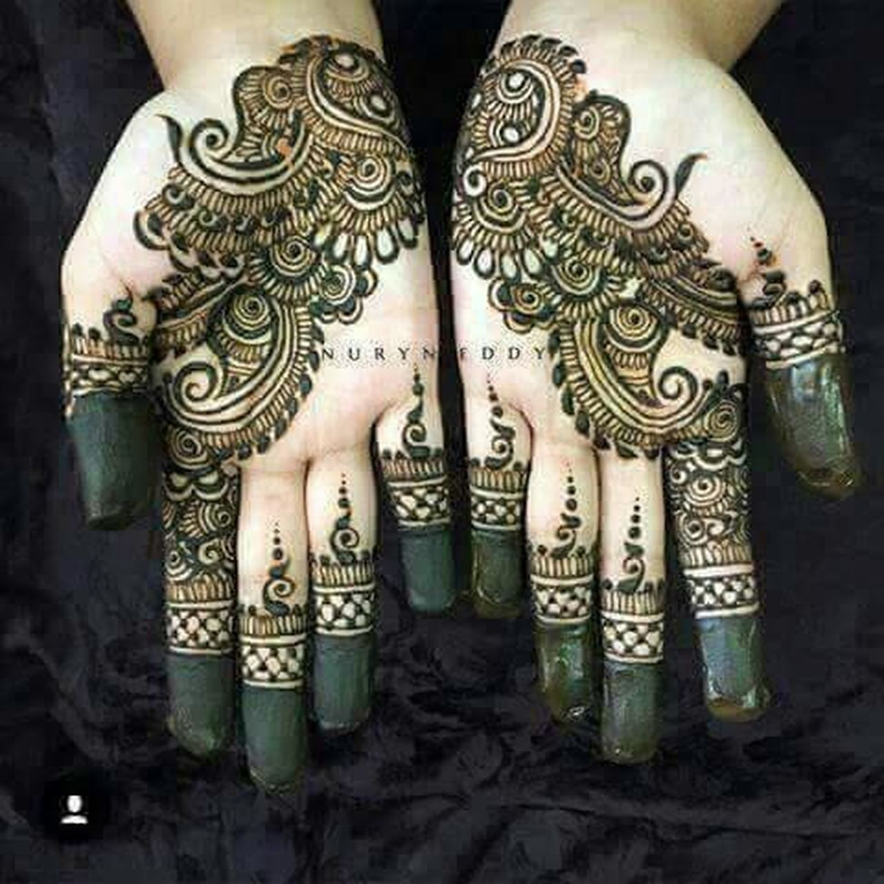 Henna Tattoo ❤ Directly Above Close-up Human Hand Human Body Part Design Art Art And Craft Creativity Parasngupta_photography