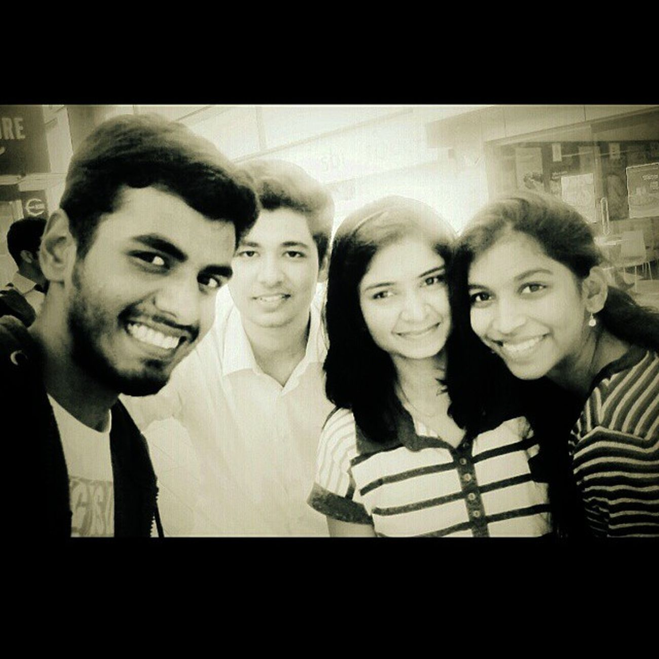 Look Whoz Bak In Town 😇 Reunion  😎 Afteralongtime Jalwe 😂 Tgb 😋