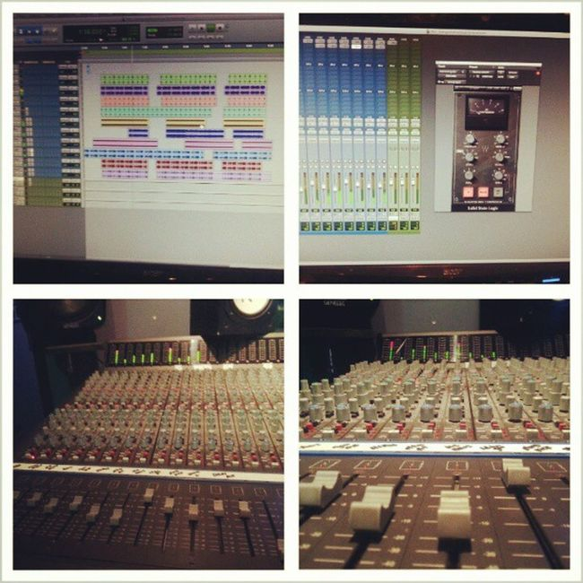 Mixing a another track for the new project prod by @elodaepidemic ForNoReasonTheMixtape drops May 15th StackorStarve