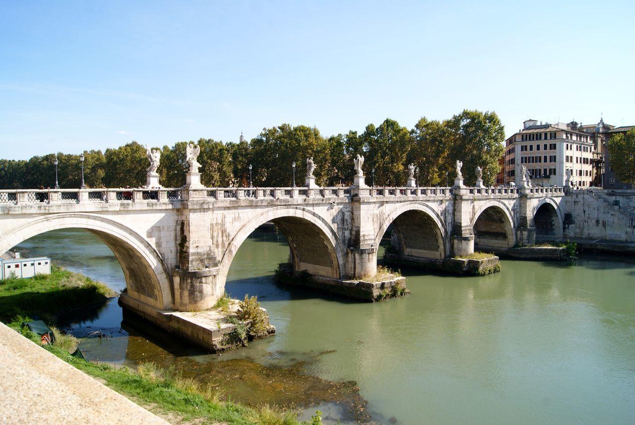 Traveling Holiday Rome Trip Roma Rome Italy Hystorical Tiber Bridge The Great Outdoors - 2015 EyeEm Awards