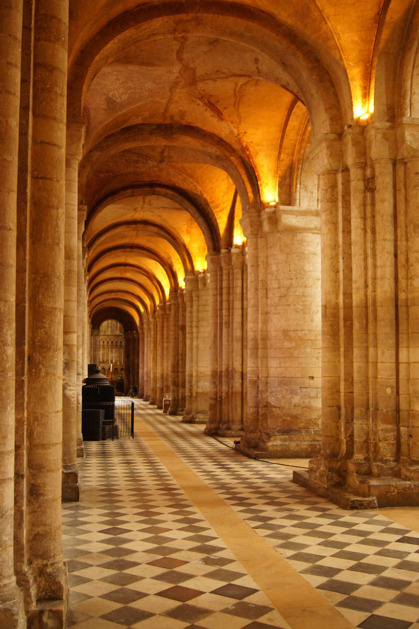 arch, architecture, indoors, built structure, corridor, architectural column, history, travel, travel destinations, the way forward, day, one person, people