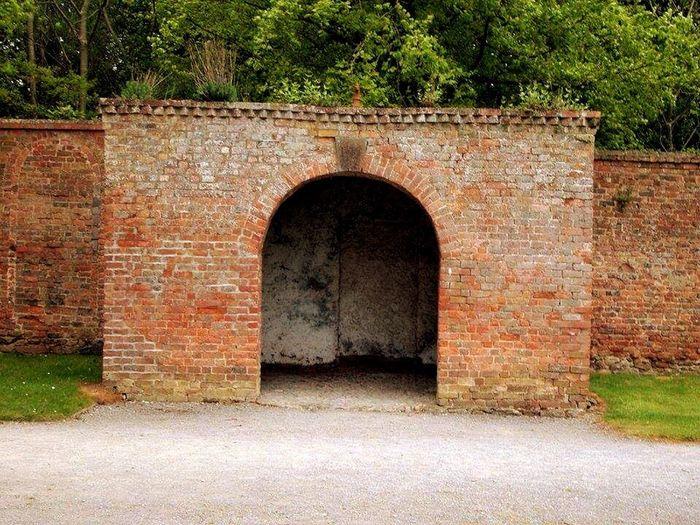 EyeEm Best Shots In The Shade Door Bricks My Favorite Photo Hello World Eye4photography  Walking Around Farm Minimalism Enjoying Life Newbridge Donabate